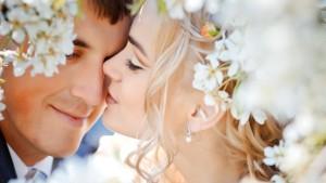 kiss_mood_beauty_love_people_hd-wallpaper-1245647